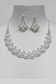 13417-2 Pearl Rhinestone Necklace Set