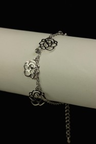 B90018 Limited rose dangling bracelet