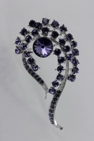 BR146 Formal brooch