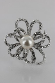 BR151 Lux Pearl Brooch