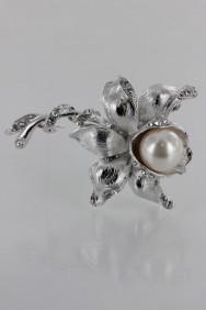 BR159 Flower Brooch
