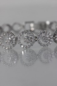 CZ-B205 (PRE-ORDER) Circle CZ foldover bracelet