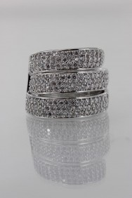 CZ-RS204 (PRE-ORDER) Three Line CZ Size Ring