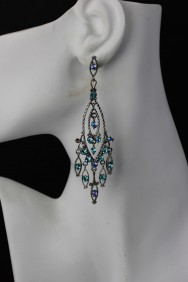 ER73 Traditional Red Carpet Earring