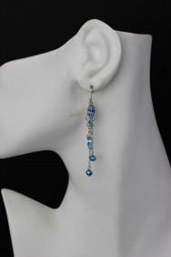 ER78 Limited Pearl Hook Earring