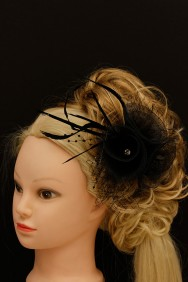 FM14-9 Three flower clip corsage facinator - K - BLACK