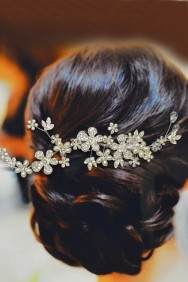 ICO2031-21 Adjustable daisy bridal comb with pearl