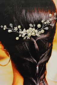 ICO2033-21 Flower bridal comb with pearl