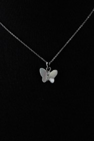 NPM14 Mother of pearl Butterfly Pendant Necklace