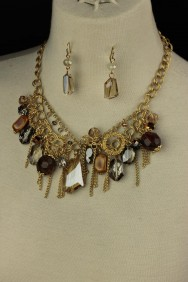 NS-711 Natural stone with crystal necklace set