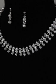 NS21 Key Pearl Necklace Set