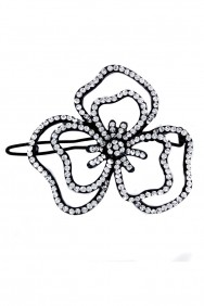 P37 3-leave flower hair pin