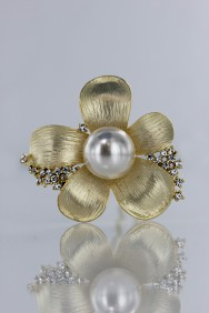 S57 kelly pearl hair stick